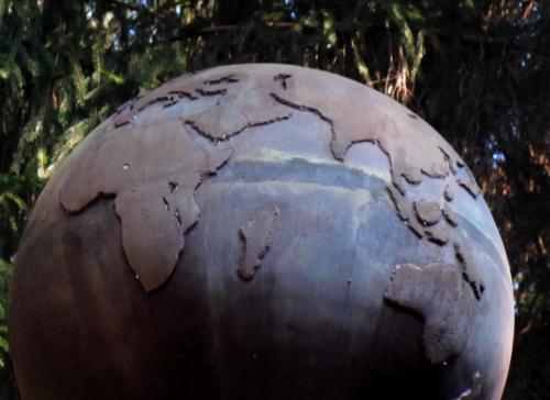 500-2006-globe